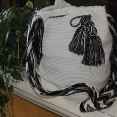 Beautiful handmade bags - mochilas wayuu Drawstring Backpack, Backpacks, Beautiful, Totes, Backpack