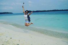Let the Sea set you free!! Woohooooo!! #holidayisover #instafriends #dlsr #beachday #trippulauharapan #pulaudolphin #pulaugosong #pulauseribu #trip #IF09