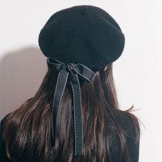 Black Harajuku Beret Hat With Bowknot SP178862