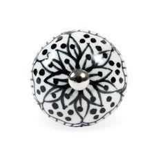 Tirador de cerámica MAYA BLACK NOMAD