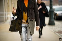 i loooooove everything about this. colors, textures, diagonals, etc. Le-21eme-Arrondissement-Mercedes-Benz-New-York-Fashion-Week-New-York-City-Street-Style-Fashion-Blog-71