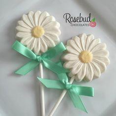 Daisy Chocolate Lollipops... www.rosebudchocolates.com