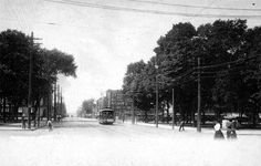 Erie Railway's Trolley Car on State Street at Perry Square (1800s)