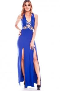 b824611ae4f2 This maxi dress features a sleeveless
