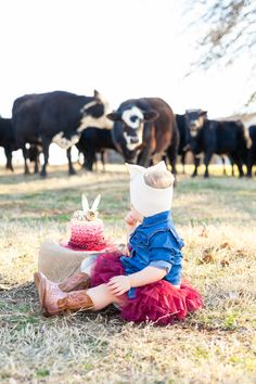 Turning Two in the Oklahoma Countryside — ah Productions Little Girl Pictures, Birthday Girl Pictures, First Birthday Photos, Girl First Birthday, Farm Pictures, Funny Baby Pictures, Boy Photo Shoot, Girl Photo Shoots, Little Country Girls