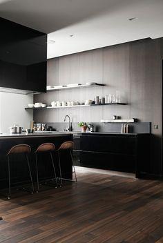 Interior design / Th