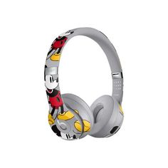 Apple debuts limited edition mickey mouse beats solo 3 wireless headphones created in collaboration with disney Cute Headphones, Bluetooth Headphones, Beats Headphones, Sports Headphones, Beats By Dre, Apple Deutschland, Beats Solo 3 Wireless, Cool Things To Buy, Stuff To Buy