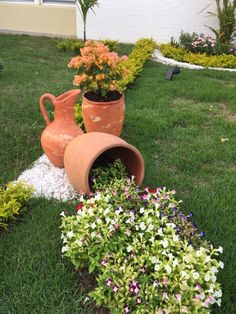 Container gardening is a fun way to add to the visual attraction of your home. Front Yard Garden Design, Front Garden Landscape, Rock Garden Design, Garden Yard Ideas, Small Garden Design, Garden Crafts, Diy Garden Decor, Garden Projects, Small Backyard Landscaping