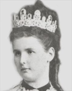 Princess Marie of Waldeck and Pyrmont, wife of Prince William of Württemberg, wearing the Württemberg Pink Topaz Tiara, Germany (19th c.; pink topazes, diamonds).