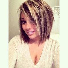 Fun layers.. Short hair Blonde Ombre Hair, Wavey Hair, Choppy Hair, Short Hair With Layers, Layered Hair, Short Bob Hairstyles, Cool Hairstyles, Grey Balayage, Professional Haircut