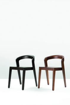 PLAY by Alain Berteau for Wild Spirit - Belgium. Elegant massive wooden chair with a unique contemporary design. Typical characteristics are: easy stackable, ergonomic comfort, compact luxurious, for project and residential business.