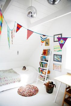 Bunting is so cheerful #kids room For similar bunting, see: http://www.designedforkids.co.uk/products/red-blue-bunting