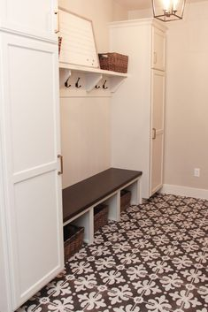 33 Secret Weapon for Carpet Tiles Bedroom Home Depot Types Of Floor Tiles, Tile Floor, Carpet Tiles, Carpet Flooring, Toddler Bedroom Sets, Tile Bedroom, Luxury Modern Homes, Floor Patterns, Decorative Tile
