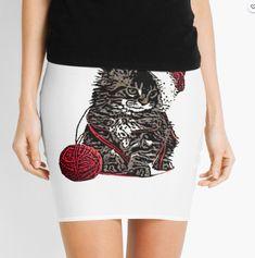Mini Skirt Tee Shirts, Tees, Knitted Fabric, Sequin Skirt, Mini Skirts, Knitting, How To Wear, Stuff To Buy, Women