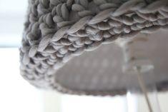 Ravelry: Big, fat lampshade pattern by Anna & Heidi Pickles YESSSSSSSSSS!!
