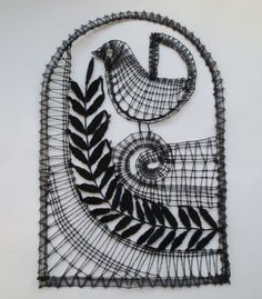 親鳥けい子さん作。Ivana先生の型紙より「黒い鳥ちゃん」。5作品目。黒もいいですねぇ~♪カッコいいです!(ゆ)2014.07.07