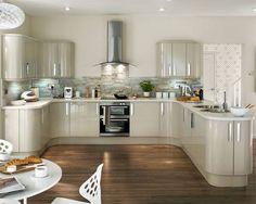 نتيجة بحث الصور عن colour schemes in cream gloss kitchen Kitchen Units, Kitchen Cupboards, Diy Kitchen, Kitchen Interior, Kitchen Dining, Kitchen Decor, Kitchen Wood, Kitchen Ideas, Cream Gloss Kitchen