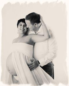 posed studio maternity photography