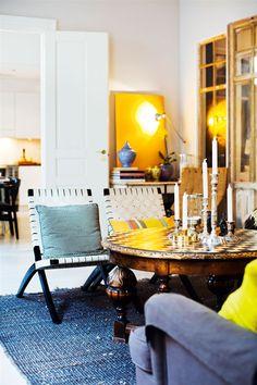 Apartamento ecléctico donde se mezclan muebles de todas las partes del mundo!!!