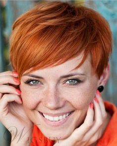 The Best Hairstyles: Red Pixie Hairstyles - Best New Hair Styles Short Hair Cuts For Round Faces, Short Haircuts With Bangs, Bangs For Round Face, Short Red Hair, Round Face Haircuts, Short Hairstyles For Women, Short Hair Styles, Red Pixie Haircut, Haircut Short