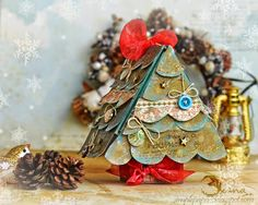 scrappylicious : Christmas gift holder or how to get more out of your Artist Trading Block dies 2