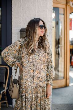 Floral Maxi Dress, Maxi Dresses, Nice Dresses, Oversized Long Sleeve Shirt, Teacher Diva, All Black Outfit, Elegant Outfit, Autumn Winter Fashion, Summer Outfits