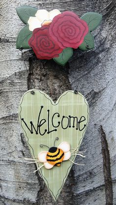 Welcome Heart Sign with Roses and Daisy - Wood Door or Wall Hanging