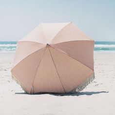 Les parasols Sunday Supply Co.