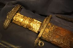 Trip to the museum ~ SUCH a beautiful sword!