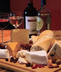 Great suggestions for a delicious wine and cheese platter!