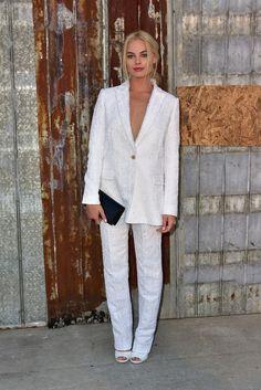 Margot Robbie's Red Carpet Breakthrough - Margot Robbie-Wmag