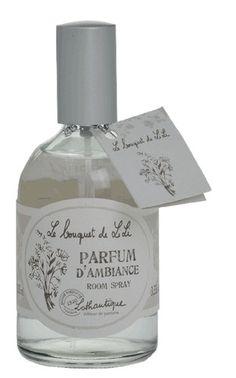 Quelques pulvérisations dans l'air permettent la diffusion rapide et efficace du parfum. Pour toutes les pièces de la maison... www.boutique-lothantique.com
