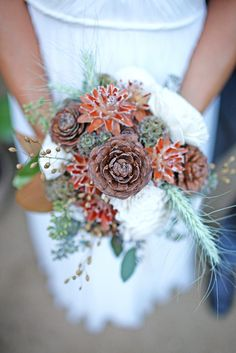 pinecone bouquet + bursts of color. One of you girls HAVE to use this if you get married at the cabin!!!