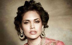 Lataa kuva Bollywood, Esha Gupta, intialainen näyttelijä, kauneus, ruskeaverikkö, muotokuva