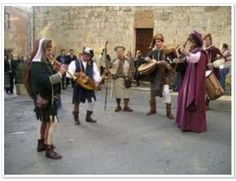 2016 Sagra del Cedro e Palio delle Botti- Cedar Festival and Barrel Competion, March 28, 9 a.m.- 8 p.m., in Bibbona (Livorno); local products and crafts exhibit and sale; in the afternoon, bingo and other traditional games are played in the main square; live music and sampling of local products and wines; in the afternoon, historical parade and the town's districts compete in the traditional barrel race.