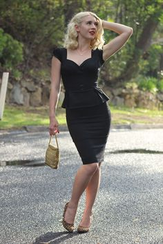http://www.gracefullyvintage.com.au/2015/10/the-perfect-little-black-dress.html
