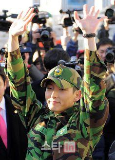 Lee Joon Ki --- Military service