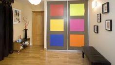 Decorar las puertas de un armario con paneles de colores #pintura