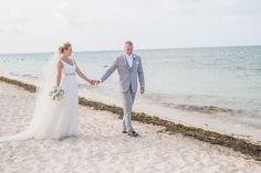 Excellence Playa Mujeres Wedding Photographer | Excellence Playa Resort | Destination Wedding Photographer | Taylor Sellers Photography excellence-playa-mujeres-Taylor-Sellers-Photography-Destination-Wedding-Photographer-39.jpg
