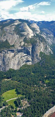 Yosemite Valley, California, USA technology