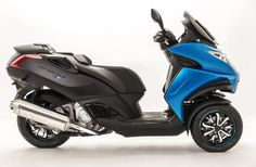 2015 Peugeot Metropolis Blue-Line Scooter, Side View Motor Scooters, Blue Line, Side View, Peugeot, Cars And Motorcycles, Super Bikes, Scooters