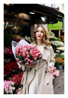 Spring in Bloom — Rue Rodier www.ruerodier.com by Marissa Cox PARIS, VIKTOR & ROLF, FLOWERBOMB, FLOWERBOMB BLOOM, BATIGNOLLES, PARC MONCEAU PHOTOGRAPHY FLOWERS STYLE