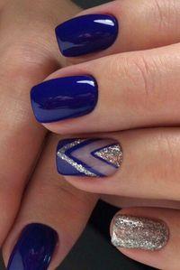 Manicure Geometric Nail Art Ideas in 2020 Classy Nail Designs, Fall Nail Art Designs, Classy Nails, Stylish Nails, Simple Nails, Geometric Nail Art, Winter Nail Art, Winter Nails Colors 2019, Chrome Nails