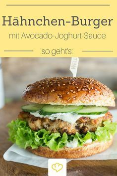 Attention burger fans: you have to try this spicy chicken burger with mild avocado yoghurt sauce! Attention burger fans: you have to try this spicy chicken burger with mild avocado yoghurt sauce! Crock Pot Recipes, Healthy Chicken Recipes, Vegetarian Recipes, Barbecue Sauce Recipes, Burger Recipes, Pizza Recipes, Smoothie Recipes, Spicy, Easy Meals