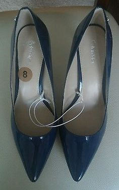CALVIN KLEIN NWOB BLUE POINTED TOE PUMPS SIZE 8.