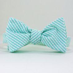 Mint Green Seersucker Mens Bow Tie by SteepleBayDesigns on Etsy, $38.00