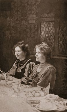 Christabel Pankhurst and Annie Kenney, 1909