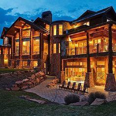 huge mansion in park city utah Luxury Home Accessories, Utah, Park City Ut, Dream Mansion, Log Cabin Homes, Dream House Exterior, Mountain Homes, Luxury Homes, Luxury Cabin
