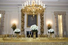 See Photos of the White House Christmas Decorations: White House State Dining Room - Christmas Decorations