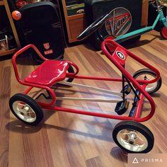 I'm an adult and I want one! Custom Bikes, Custom Cars, Soap Box Cars, Diy Go Kart, Wood Repair, Power Bike, Drift Trike, Karting, Pedal Cars